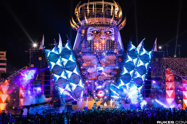 EDC Las Vegas 2014 In Jeopardy Due To Tax Issues
