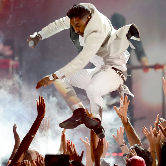Miguel Takes Out Fans With 'Billboard Music Awards' Stage Jump