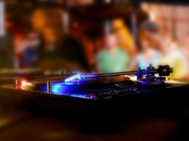 How To DJ Without Bangers – The Art of the Local Disk Jockey and the Opening Set