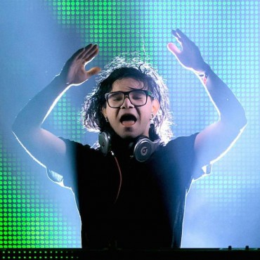 Skrillex Celebrates OWSLA's 3-Year Anniversary with Party Recap Video