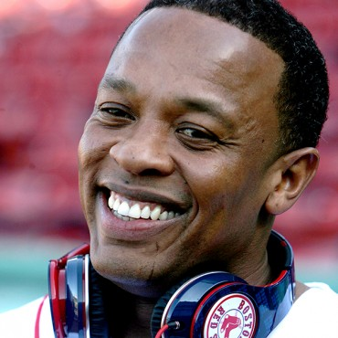 Dr. Dre Makes More Than Top 24 Richest in Hip-Hop Combined at $620 Million