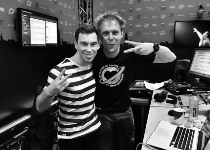 Armin_van_Buuren_and_Hardwell_A_State_of_Trance_img657_weloveatrance