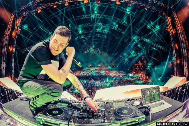10 Of The Best Remixes Of 2014