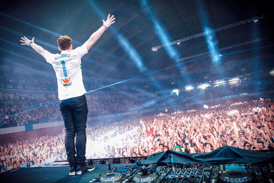 I Am Hardwell Hardwell Releases the ...