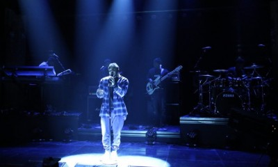 THE TONIGHT SHOW STARRING JIMMY FALLON -- Episode 0395 -- Pictured: Musical guest Kendrick Lamar performs on January 7, 2015 -- (Photo by: Douglas Gorenstein/NBC)