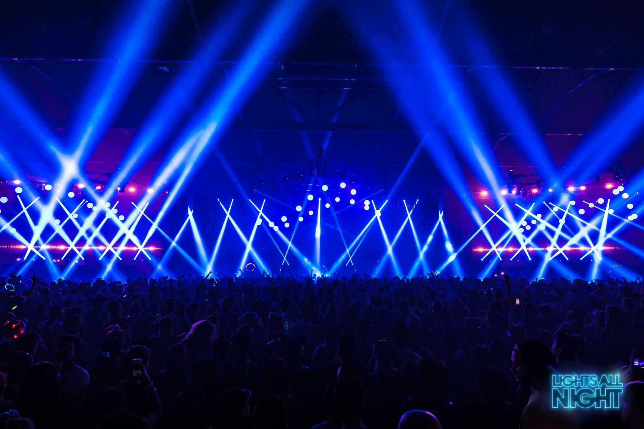 electronic dance music and the drug molly Mdma (ecstasy) is a popular club drug in the rave and electronic dance music scenes and in nightclubs it is known under many nicknames, including e and molly it is known under many nicknames, including e and molly.
